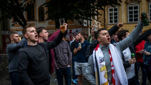 PRAGUE, CZECH REPUBLIC - OCTOBER 11: England fans in Prague ahead of the European Championship qualifying match between Czech Republic and England on October 11, 2019 in Prague, Czech Republic. (Photo by Gabriel Kuchta/Getty Images)