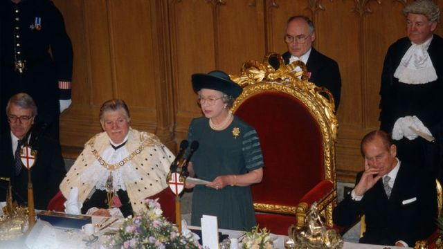 "Queen Elizabeth ll delivers her ""Annus Horribilis"" speech at the Guildhall in 1992"