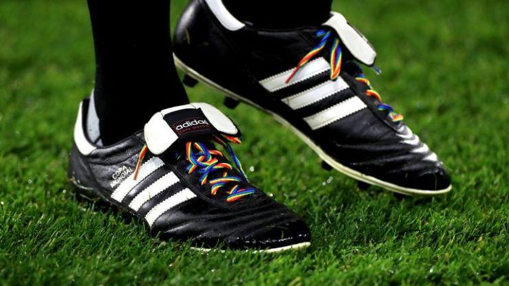 Rainbow Laces: Fans de Shrewsbury, Huddersfield y Bolton sobre la campaña de inclusión LGBT | Noticias de futbol 2