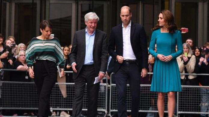 Britain's Prince William, Duke of Cambridge, (2R) and Britain's Catherine, Duchess of Cambridge, (R) walk with Director-General of the BBC Tony Hall (2L) and Director of BBC Children's Alice Webb (L) as they visit BBC Broadcasting House in London on November 15, 2018 to view the work the broadcaster is doing as a member of The Duke's Taskforce on the Prevention of Cyberbullying. (Photo by Ben STANSALL / POOL / AFP)        (Photo credit should read BEN STANSALL/AFP via Getty Images)