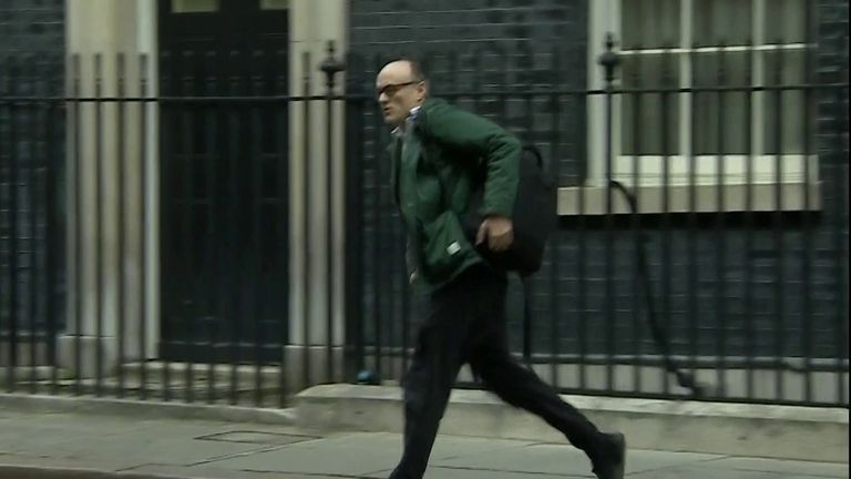 Dominic Cummings seen running from the door of number 10 Downing Street