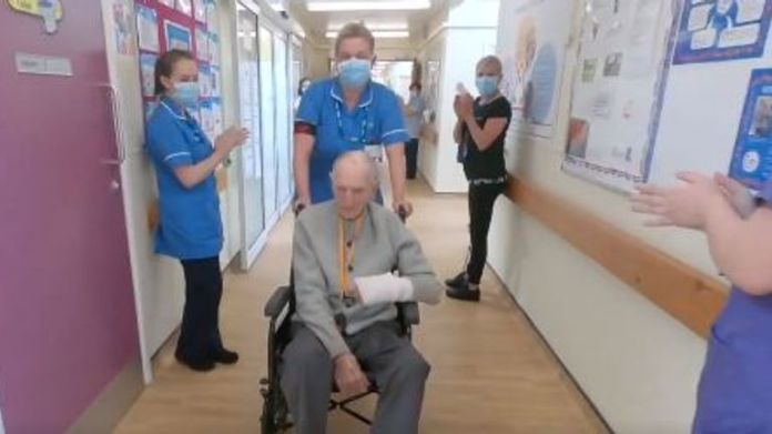 World War II veteran Albert Chambers recovered from COVID-19. Photo: NHS North East and Yorkshire