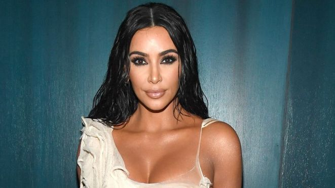 BEVERLY HILLS, CALIFORNIA - FEBRUARY 09: Kim Kardashian West attends the 2020 Vanity Fair Oscar Party hosted by Radhika Jones at Wallis Annenberg Center for the Performing Arts on February 09, 2020 in Beverly Hills, California. (Photo by Kevin Mazur/VF20/WireImage)