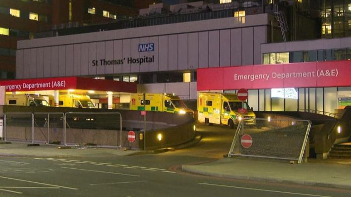 Boris Johnson is in intensive care at Guys and St Thomas & # 39; hospital