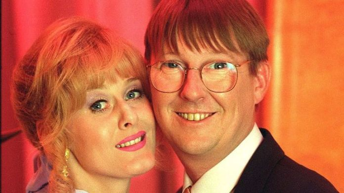 Raquel and Curly Watts, played by Sarah Lancashire and Kevin Kennedy, in Coronation Street