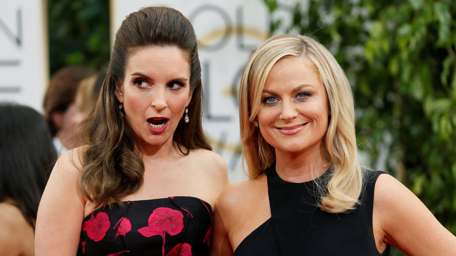 Golden Globes live update: Tina Fey and Amy Poehler get ready to kick off a prestigious awards ceremony |  Ents & Arts News