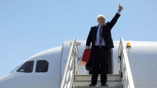 Boris Johnson arrives in Cornwall for the G7 summit via private plane. Pic Twitter/@BorisJohnson