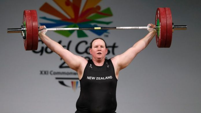Laurel Hubbard competing at the 2018 Commonwealth Games