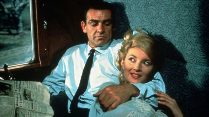 """FILM STILLS OF 'FROM RUSSIA WITH LOVE' WITH 1963, DANIELA BIANCHI, SEAN CONNERY, SEAN AS """"JAMES BOND"""" CONNERY, JAMES BOND, TERENCE YOUNG IN 1963   Bond25"""