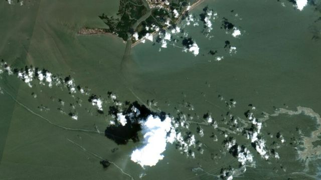 An aerial image shows the oil spill south of Port Fourchon, Louisiana. Pic: AP/ Maxar
