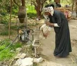 استخراج المياة الجوفية ودق طلمبات