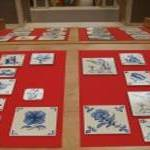 Exposição de azulejos pintados à mão