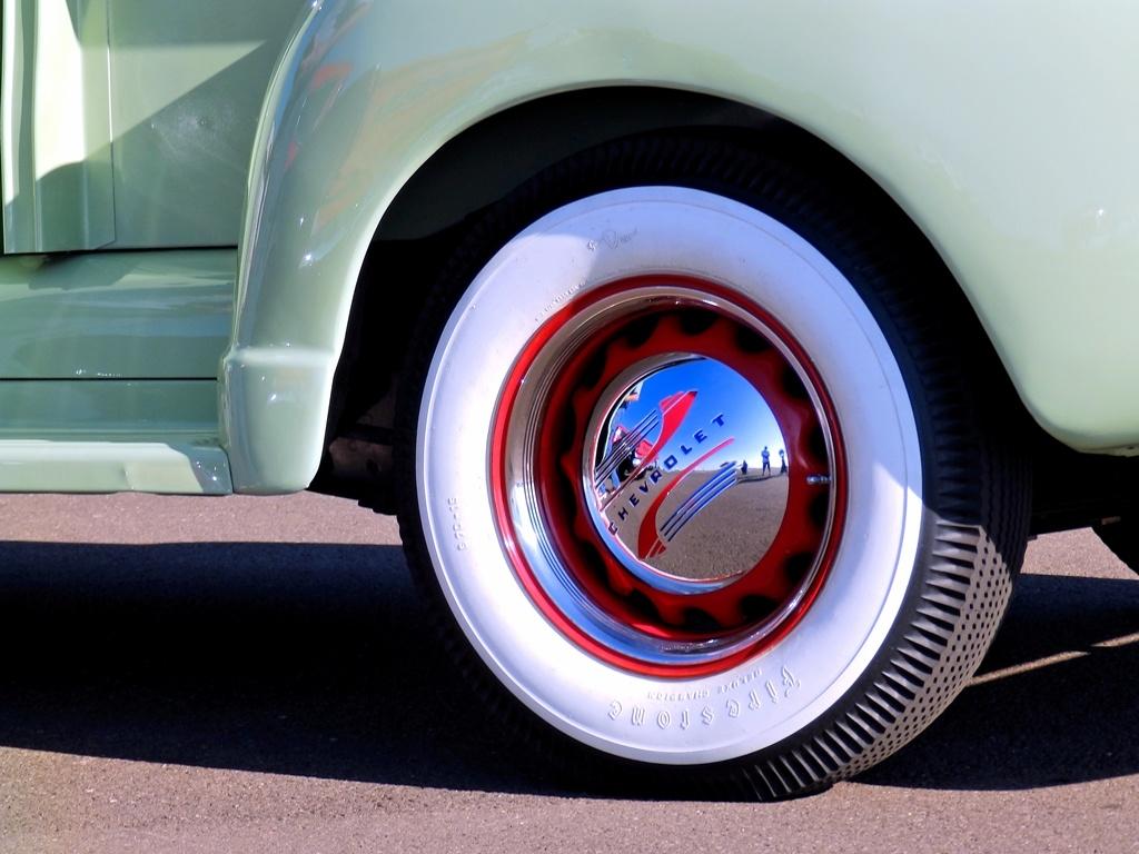 Chevrolet Pickup Hubcap
