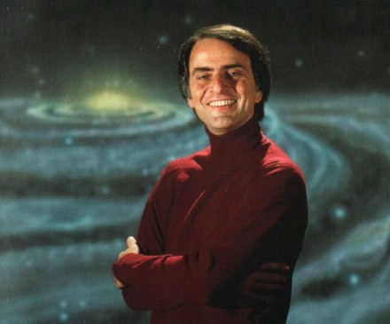 https://i1.wp.com/eaae-astronomy.org/blog/wp-content/uploads/2010/11/carl_sagan-440x365.jpg