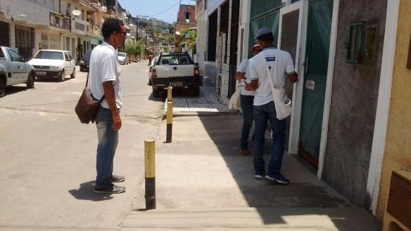 distribuição dos kits em periperi rua carlos gomes e rua demostenes nascimento ccz salvador bahia