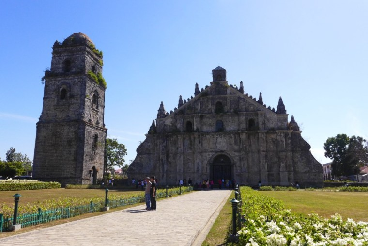 What to see in Ilocos Norte; D.I.Y. Ilocos Norte; Ilocos travel; Backpacking Philippines