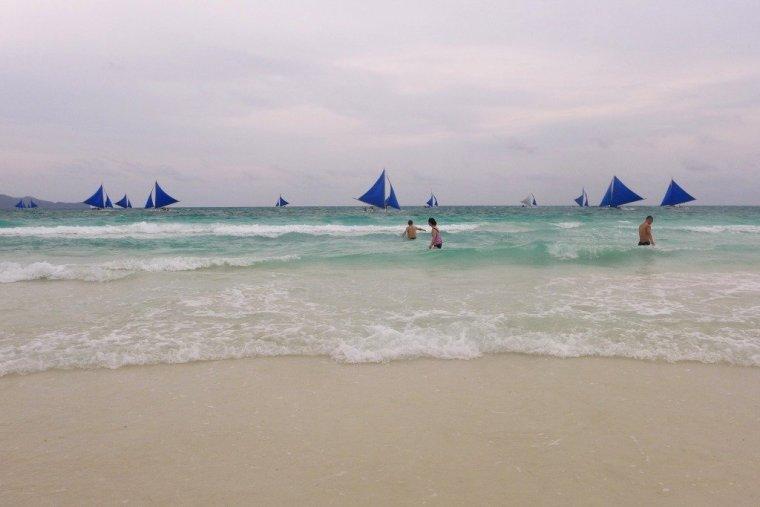 White Beach, Boracay; D.I.Y. Boracay; Boracay budget travel; Backpacking Boracay; Backpacking Philippines