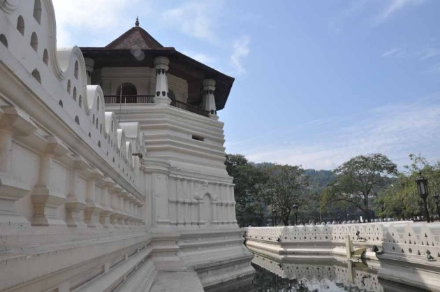 Buddha's Tooth Relic