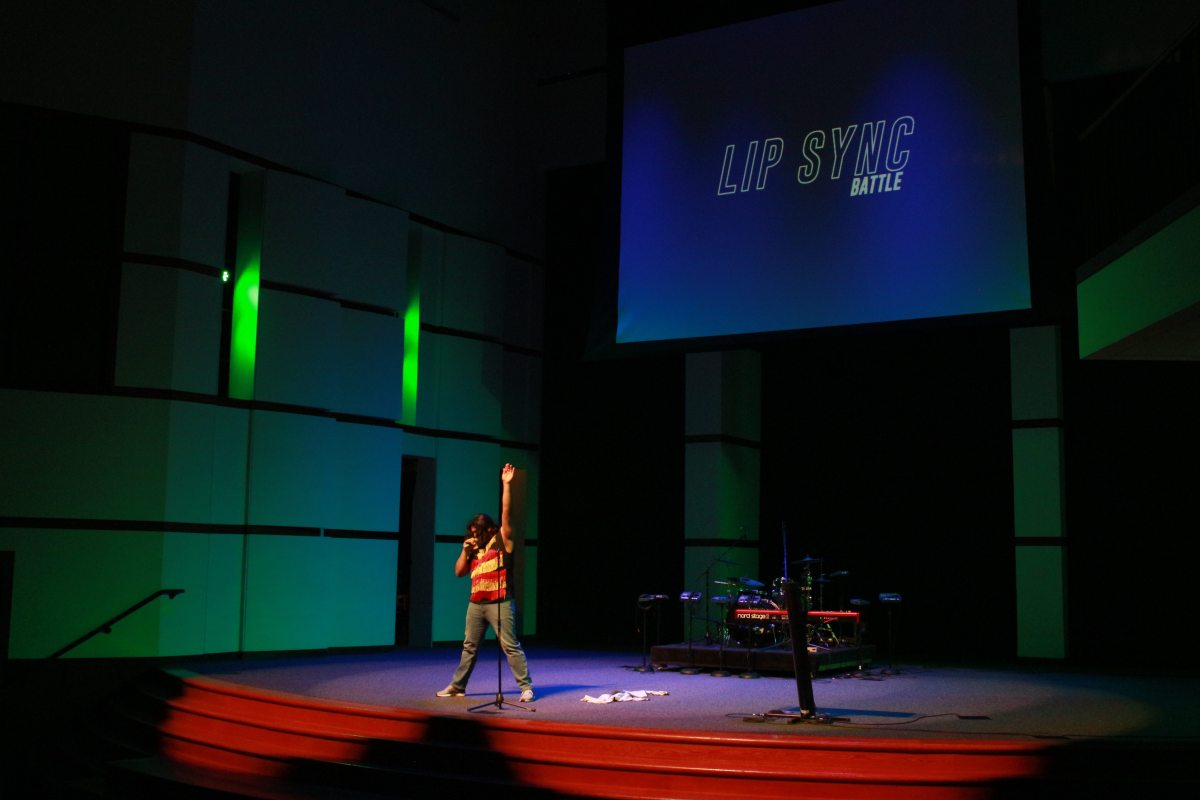 Students Sound Remarkably like Professional Singers at Lip Sync Battle