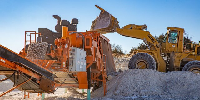 Dealing with Dust Around Portable Crushing Plants