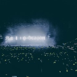 "G-Dragon opens his Miami concert on July 25th with a ""BigBang."" Photo by Alex Han."