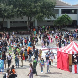 Students participate in homecoming carnival activities. Photo taken by Joyce Han