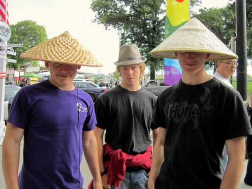 While at the Portland Saturday Market we ran into two Chinese and a Gentleman.