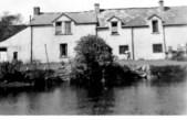 Riverside Houses on Skirsgill Lane