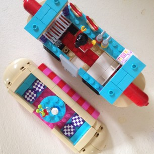 Lego Friends Hotdog Truck 5