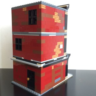 Back and side view of Lego SoHo MOC