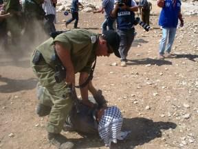 J. Santos - Army violence in Mak-Kul - 130920