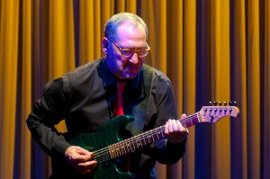 FOUR PLAY Interview — to Chuck LOEB about  j-phonic k2