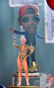 miley and bobble head