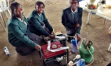 4 African Teen Girls Create A Way To Use Urine As Fuel