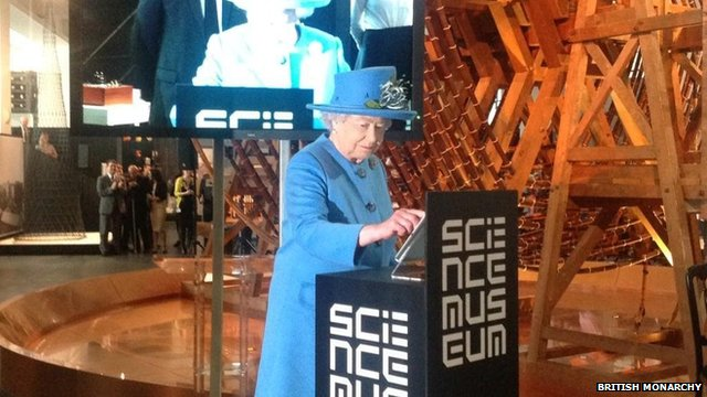 Queen Elizabeth Sends Her First Tweet To Launch Science Museum Gallery