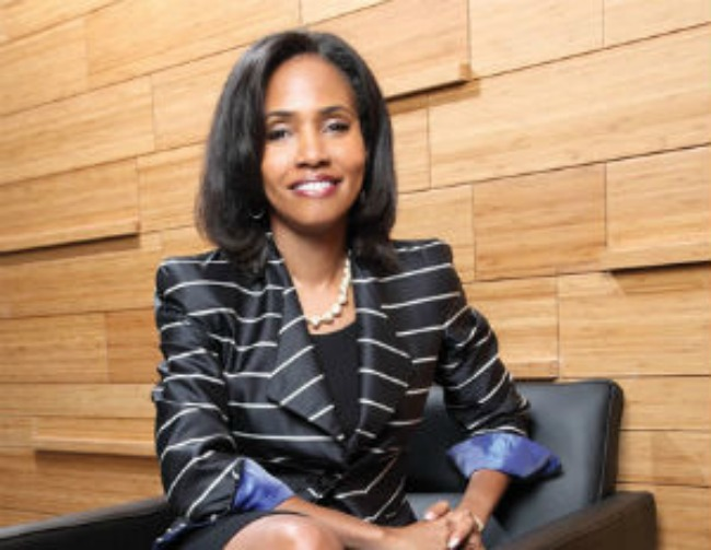Meet the 1st Black Woman to Head a Publicly Traded Financial Institution