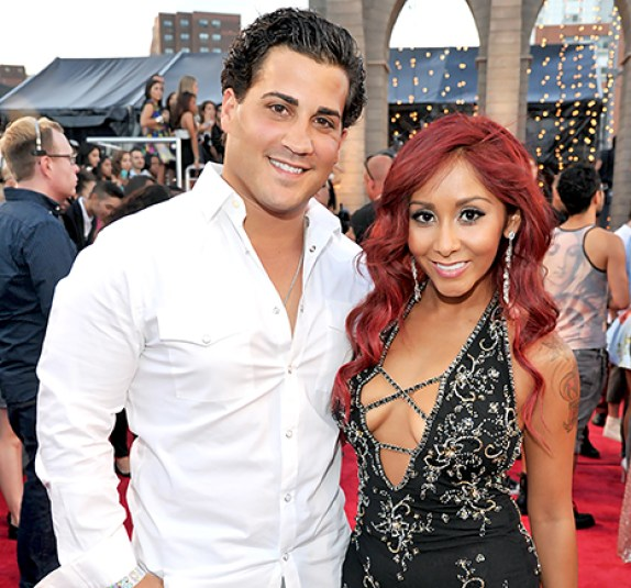 "Nicole ""Snooki"" Polizzi Marries Jionni LaValle -- Get All the Details on Their Gatsby-Themed Wedding"