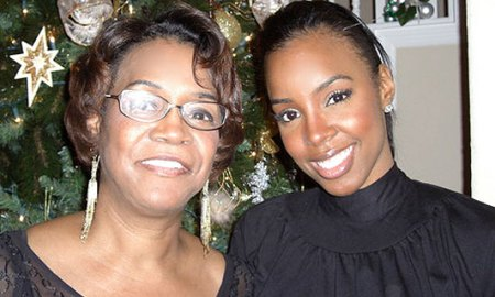 Kelly Rowland and her mother Doris