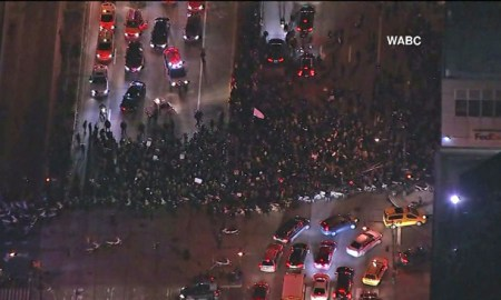"[Video] Hundreds Of NY Protesters Chant "" What Do We Want? Dead Cops, When Do We Want It? Now"""