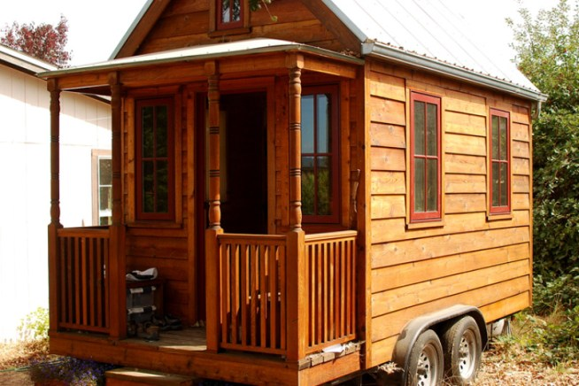 These Frat Brothers Are Using Tiny Houses to Change the Lives of the Homeless