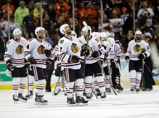 Sports News:  Blackhawks Win Rolling Into Stanley Cup Finals, Beating The Ducks 5-3