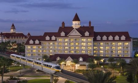 Alligator Snatches 2-Year Old & Dragged The Child Underwater In Front Of Parents At Disney Resort
