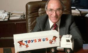 "The Founder Of "" Toys R Us"" Charles Lazarus Has Died At 94"