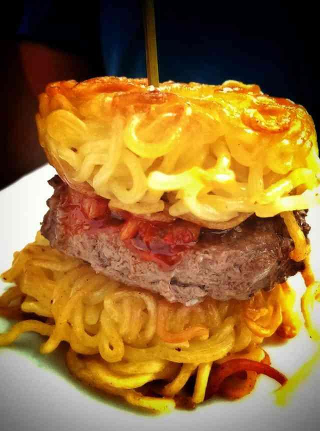 taste of calgary ramen burger
