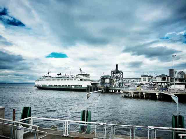 waterfront water taxi seattle