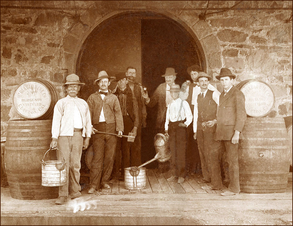 Cabinet card photo, Mt. Diablo Wine Co.