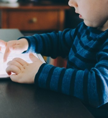 Technology and learning in toddlers