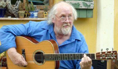 The late, great, extraordinary John Renbourn (1944–2015).