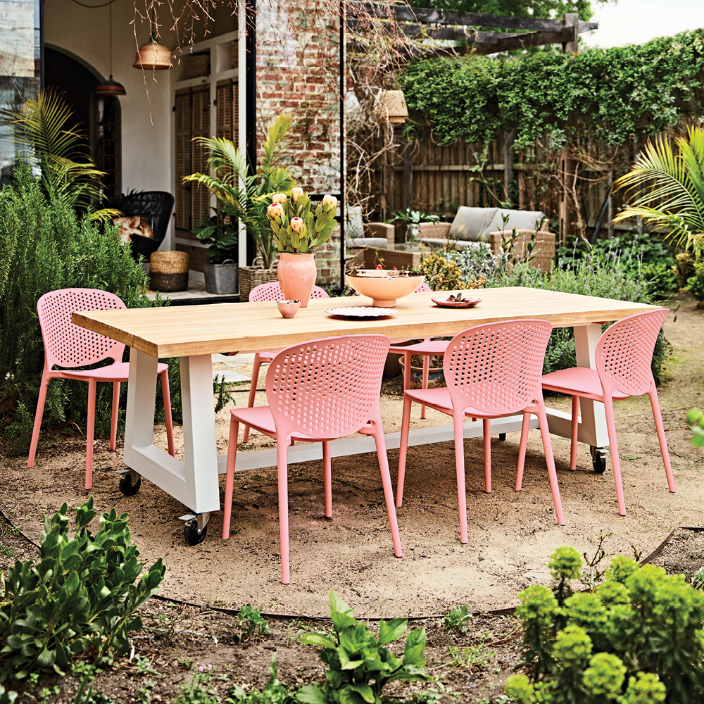 Buyer's Picks | Outdoor furniture with the Kanto and Cate