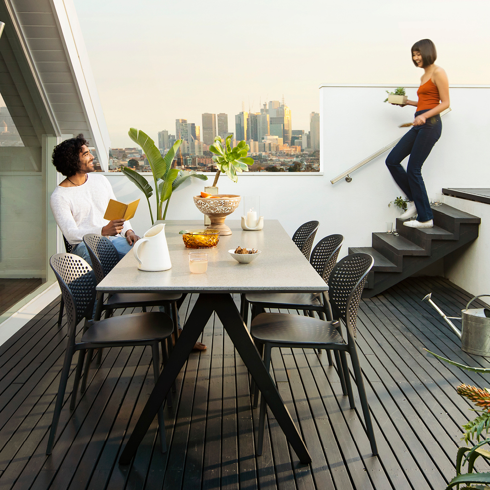 Outdoor furniture style trends for 2019 with the Hayman